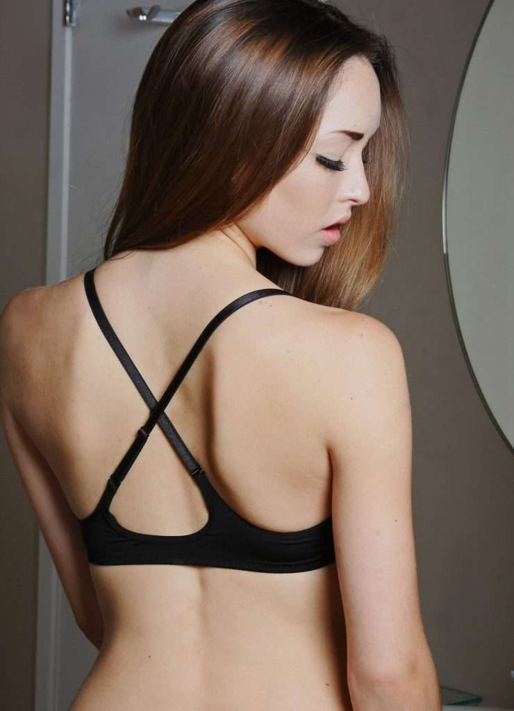 woman in lula lu racerback bra