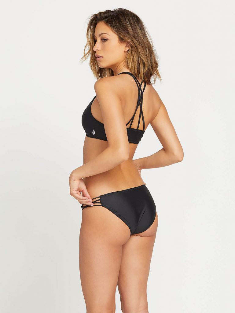 bikini top volcom for cup AA and A in black with a thin padding